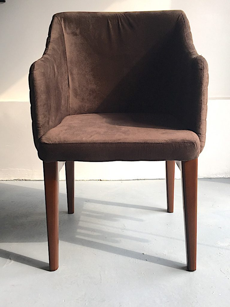 DINING CHAIR DC002
